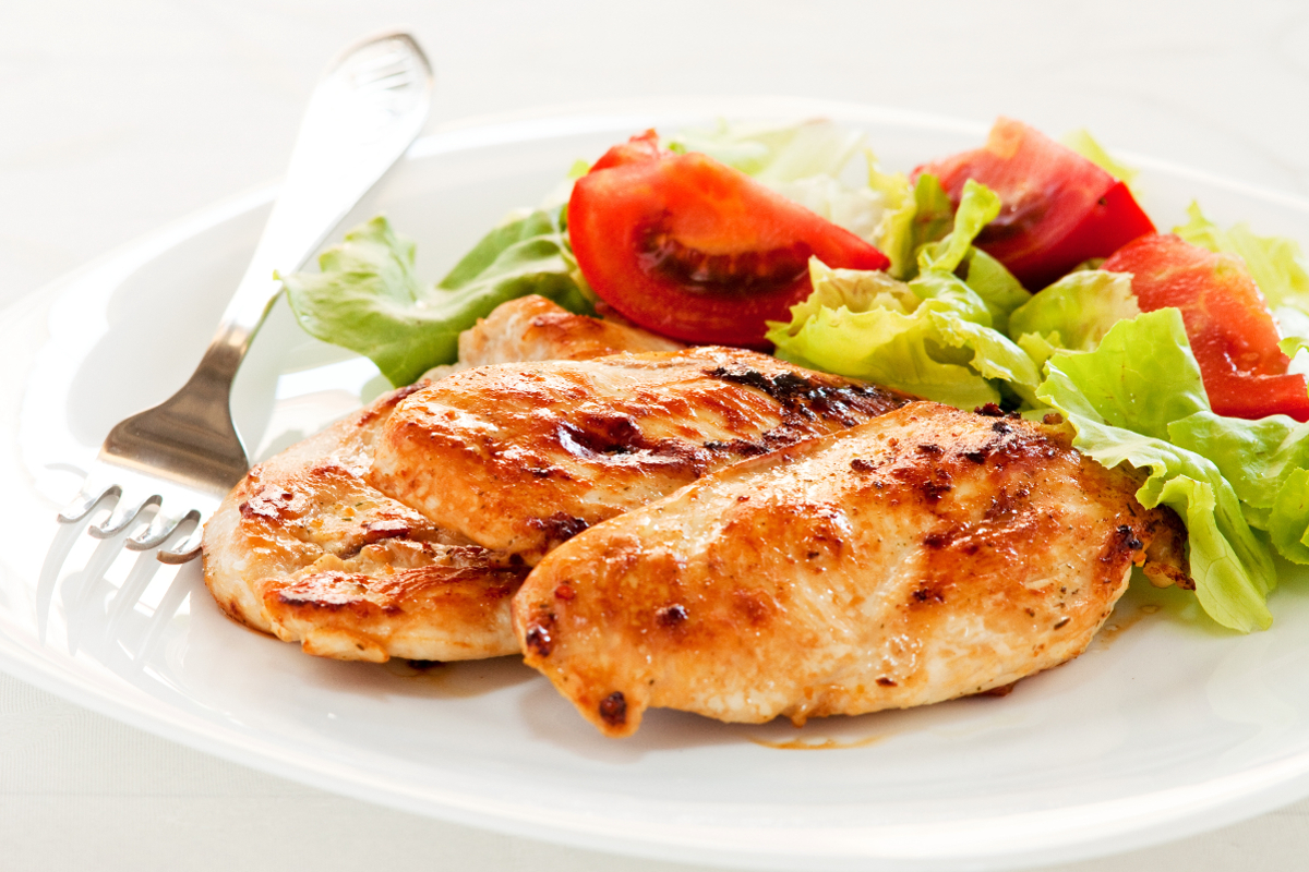 Comer sano fuera de casa, pechuga de pollo